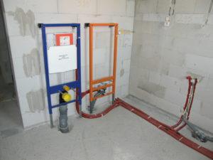 instalacja kanalizacyjna w domu